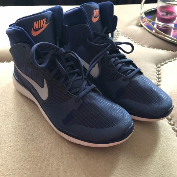 timeless design db3c4 e2c8f Nike Dunk Ultra Modern High Top Basketball Shoes. M 5c3a21157c979df4134d85ad